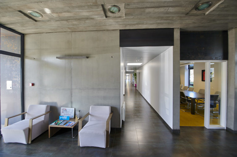 entree hall accueil srb construction archi factory