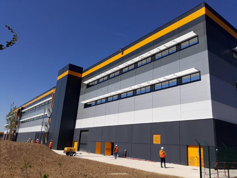 facade virtuo plateforme logistique bretigny sur orge agence archi factory