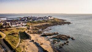 vue plage couregant ploemeur mur de atlantique drone